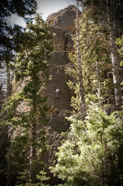 Rock Climbing Photo: Perin Blanchard in the mid section of KLS.
