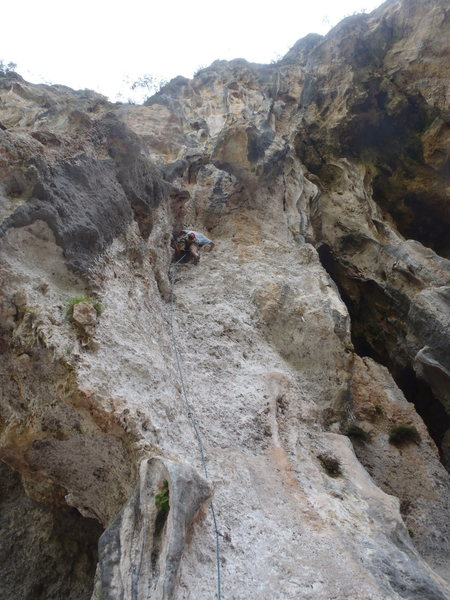 Rock Climbing Photo: Pulling on the undercling of Lycian Highway.  Geyi...