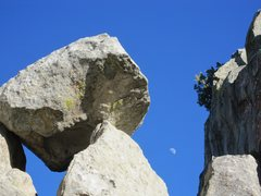 Rock Climbing Photo: Nice views in all directions from the ledge approa...