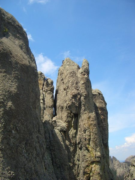 Rock Climbing Photo: Spire 4 from top of East Gruesome. South Tower on ...
