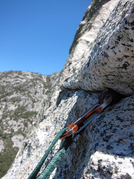 Rock Climbing Photo: An old fixed pin on the White Maidens Walkaway