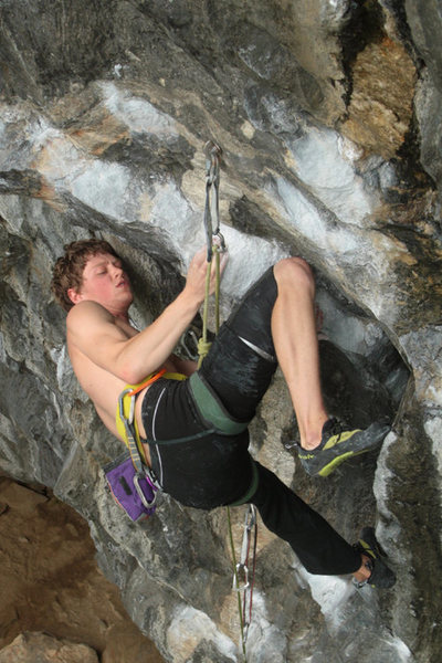 Rock Climbing Photo: otey learning how to work the funky kneebar...