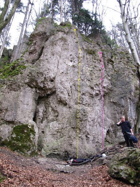 Rock Climbing Photo: The pink route is Ex und Hopp