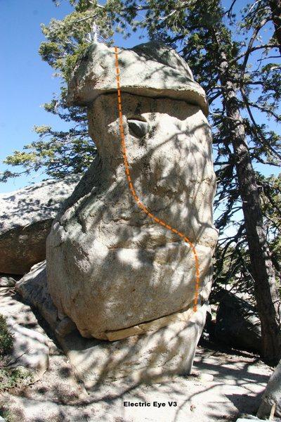 Rock Climbing Photo: Electric Eye, V3