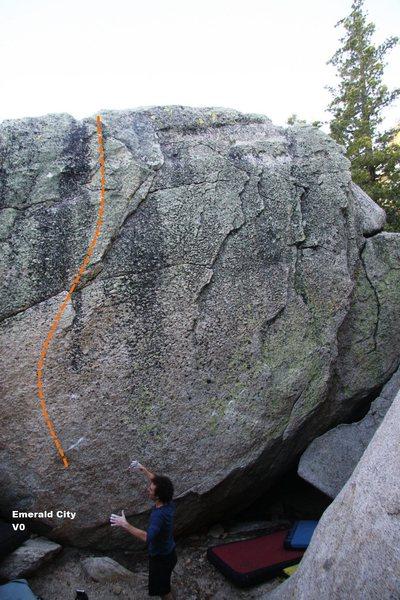 Rock Climbing Photo: Emerald City V0, Topo