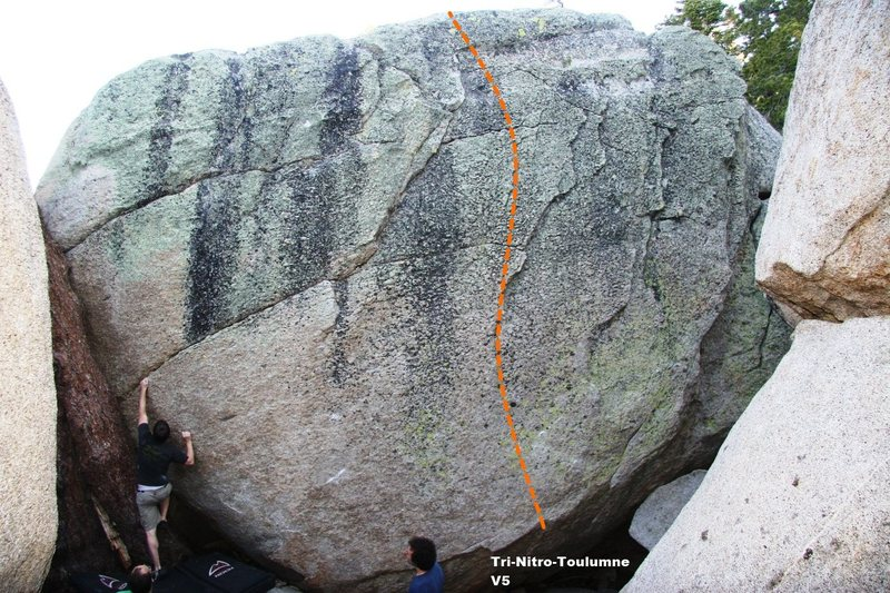 Rock Climbing Photo: Tri-Nitro-Toulumne V5, Topo