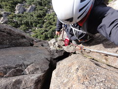 Rock Climbing Photo: On P2 just about to surmount the ridge.