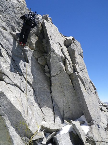 Davi Rivas on the short rap to the gully that seperates the true from false summits of Polemonium Peak, 06/09/2011