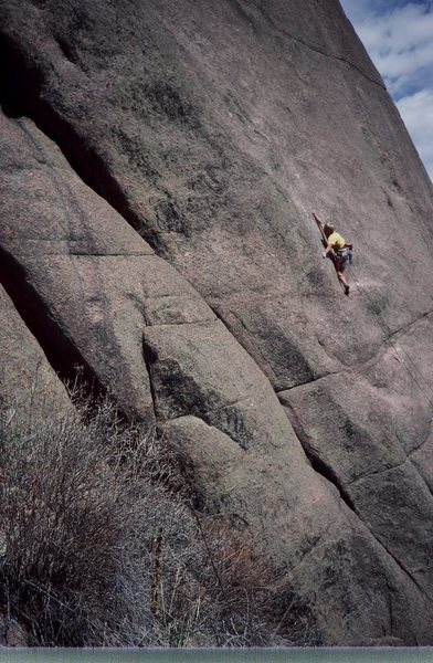 Rock Climbing Photo: Noel Childs on Mister Mantle. FA: Olaf Mitchell, M...