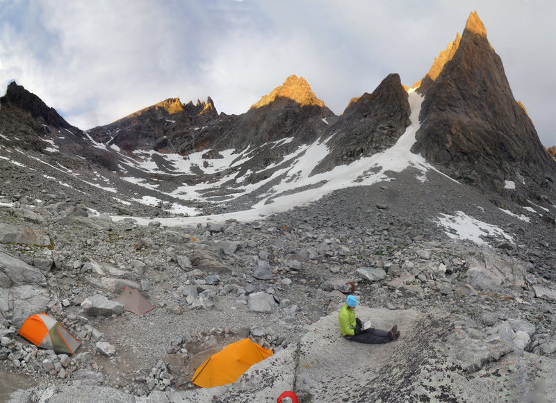 Camp in upper Titcomb Basin.<br> Mt Helen's Tower 1 on right, Bonney Pass on the left.
