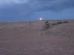 Rock Climbing Photo: Shingo and the rising moon