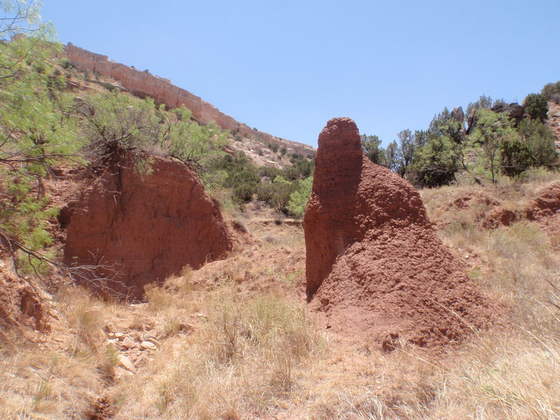 The dirt pinnacle on the approach