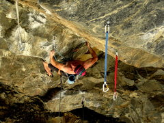 Rock Climbing Photo: Dan Levison on the thuggy opening moves.