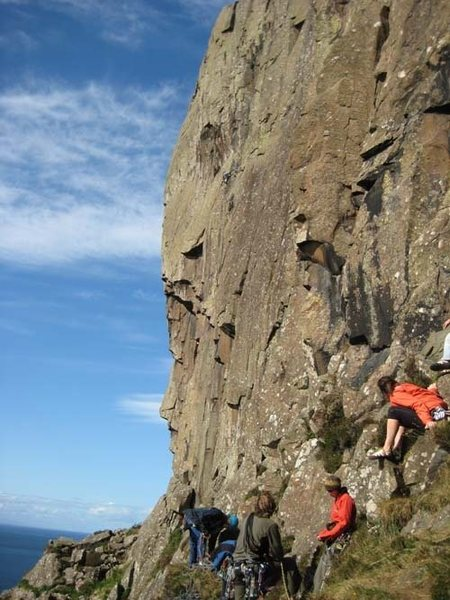 The very impressive 200 foot wall taken by Wall of Prey (E5) (phto by Phil Ashton)