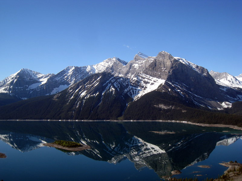 Mountains bordering the west end of Upper Kananaskis Lake