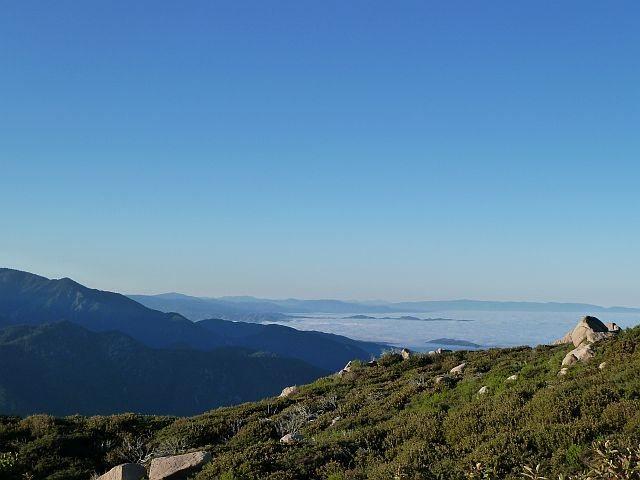 Looking southeast from just below the fire lookout, Keller Peak