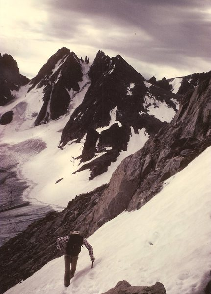 Rock Climbing Photo: JB, Gooseneck Ridge, Wind Rivers, Aug 1984.  No pl...
