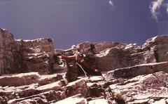 Rock Climbing Photo: JB leading crux pitch, Overhang Direct, Diamond, S...