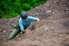 Rock Climbing Photo: The crux of pitch 1 is this interesting little bul...