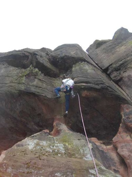 Passing the first overhang on big buckets (Flake Crack is visible top right)