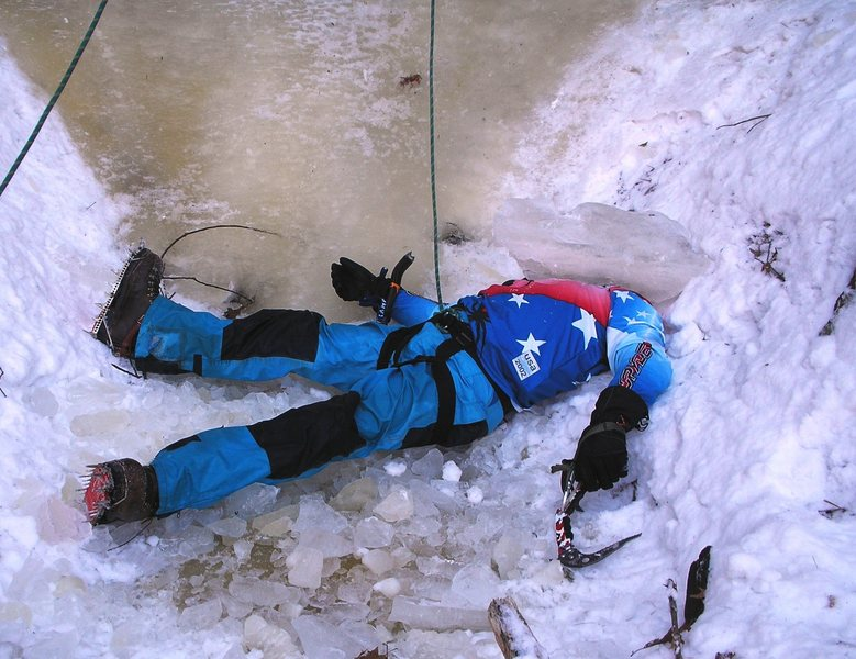 Rock Climbing Photo: Crushed by ice