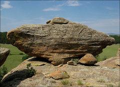 Rock Climbing Photo: A cool boulder on the rim. Photo by Blitzo.