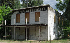 Rock Climbing Photo: The old South Platte Hotel.  Photo by Blitzo.