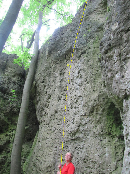 Rock Climbing Photo: Kurze Zauber goes straight up to the bolt, then up...