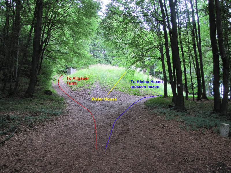 Here are the paths which will take you to the two sections of the Hexenküche.