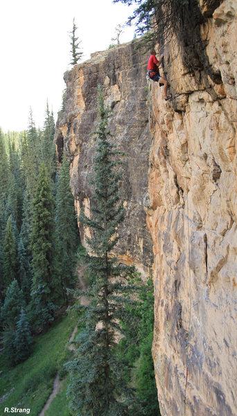 Rock Climbing Photo: The beautifull surroundings of the Piedra River du...