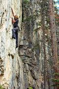 Rock Climbing Photo: Justine Jennerjahn leading Double Bluff