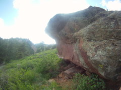 Rock Climbing Photo: South Roof (V3).