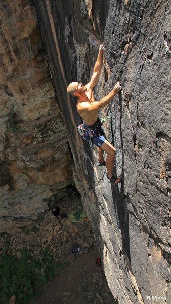 Alex Scott in the middle of the Awesome black face.<br> Black Magic Spell (5.11).