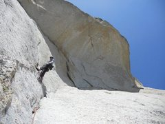 Rock Climbing Photo: 2nd pitch belay. 3rd pitch traverses under big roo...
