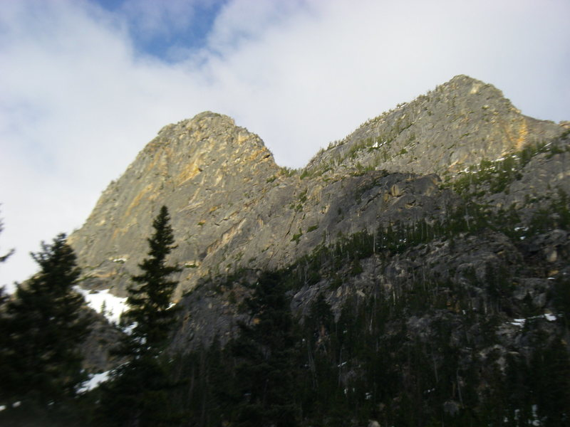 Rock Climbing Photo: Left Peak is Cheval: Top 4-5 pitches are the steep...