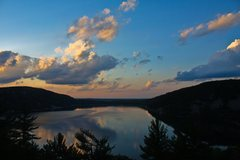Rock Climbing Photo: Sunset over Devils Lake, as seen from the south bl...