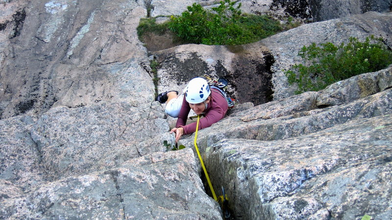 Rock Climbing Photo: Cristin at top of Pitch 2 - the headwall part.  Fu...