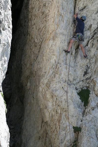 Rock Climbing Photo: Joel Rushton cruising the arete