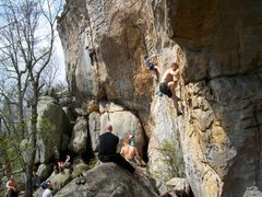 Rock Climbing Photo: A busy day at Sun Wall