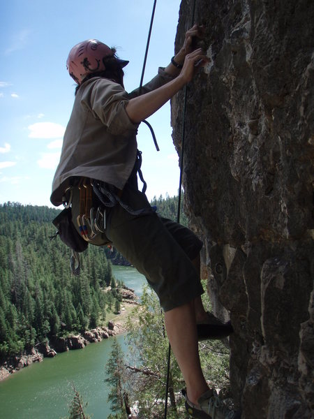 Rock Climbing Photo: Suzanne on 'Burn Notice' with Blue Ridge Reservoir...