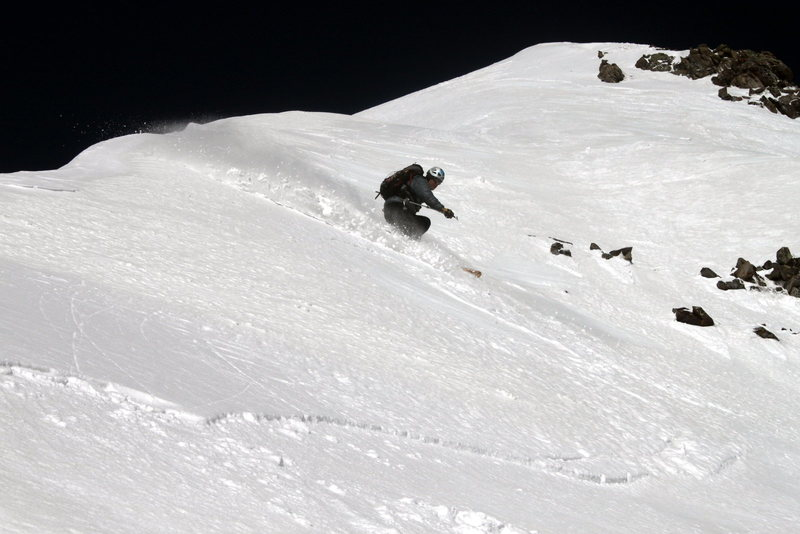 Rock Climbing Photo: Making turns on Pyramid Peak.  Photo copyright Jor...