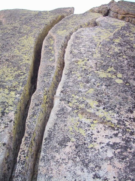 Rock Climbing Photo: The wide double cracks on pitch 2.