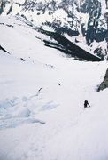 Rock Climbing Photo: Traversing around crevasses beneath the steep west...