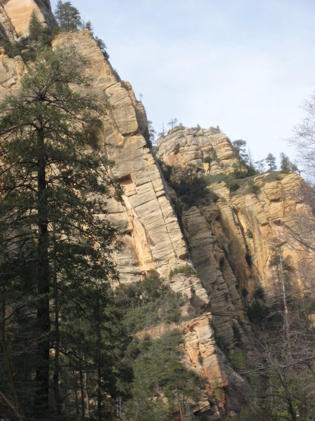 "West Fork of Oak Creek Canyon.<br> route shown ""Grapes of Wrath"". identified by the striking wide splitter of pitch 2."