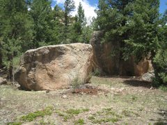 Rock Climbing Photo: The problem is right in the middle of the boulder ...