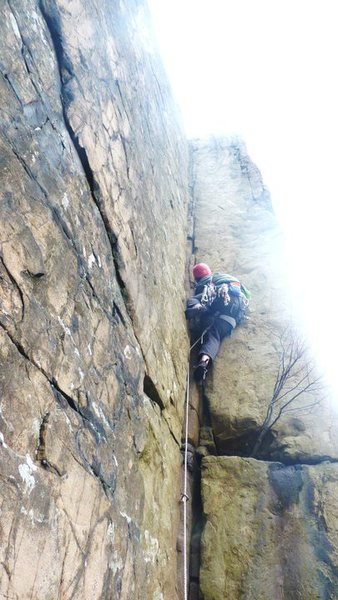 Leading Wiesner Crack in March, Yes thats a down jacket im wearing. Great gear and thoughful moves.