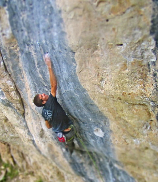 Rock Climbing Photo: Chris Hirsch trying the Crux throw