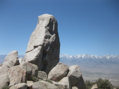 Rock Climbing Photo: Winnedumah Paiute Monument - route heads up the ar...