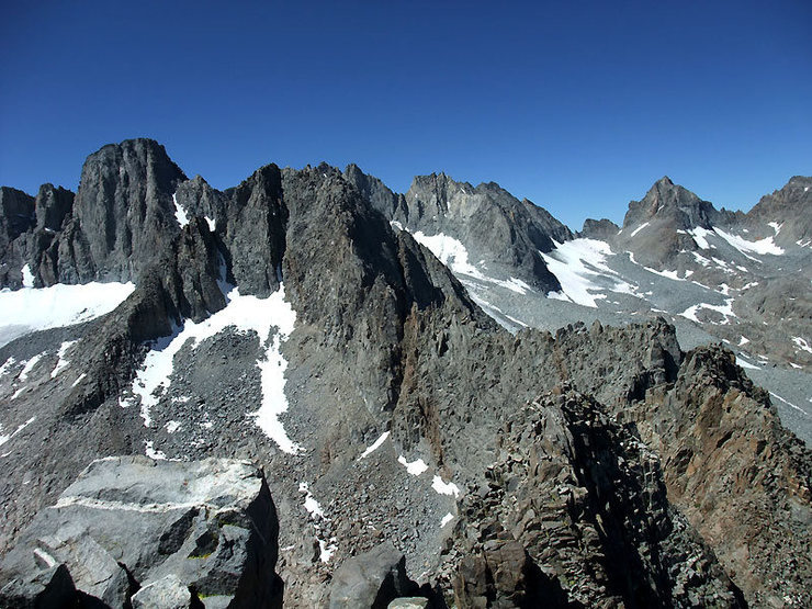 Rock Climbing Photo: Galey and Sill from the summit of Temple Crag