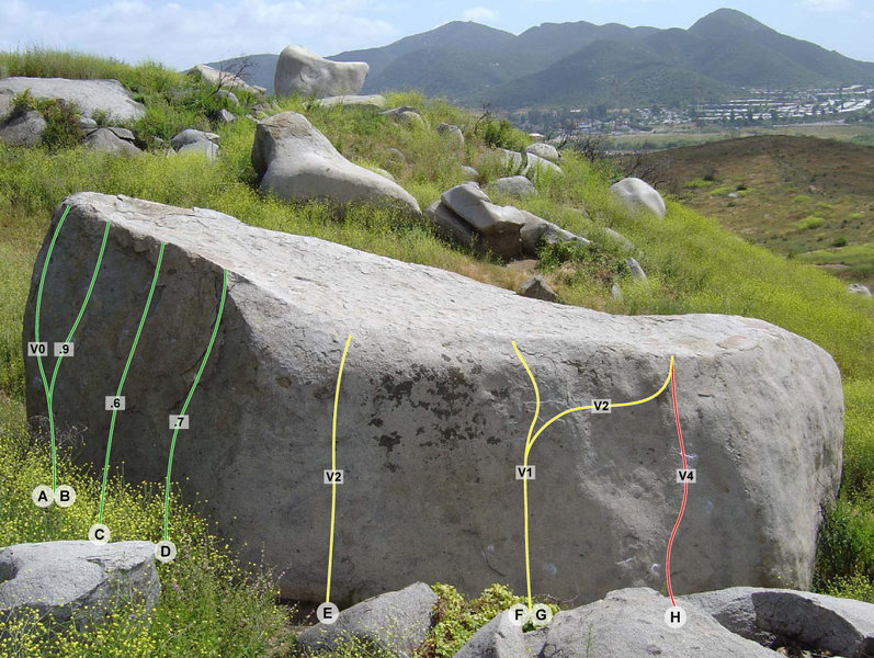 Rock Climbing Photo: N. Face of the Amphitheater Boulder.
